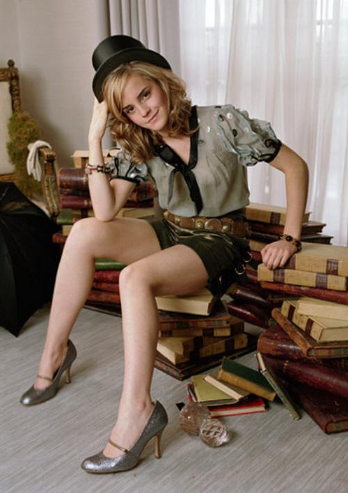 emma watson chanel. Magic books?