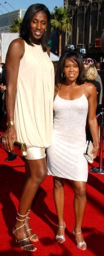 Lisa Leslie and Regina King