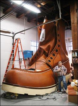 Red Wing Shoes celebrates centenary with the world's largest boot, 2005